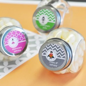 personalized-mini-glass-kids-birthday-candy-jars-400